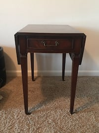Pembroke Side Table San Diego, 92124