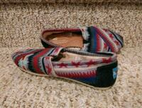 New Women's Size 6 TOMS Shoes [Retail $65] Lining Inside Woodbridge, 22193