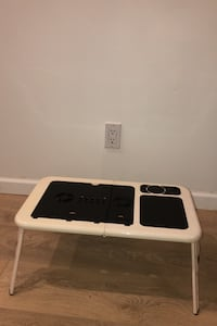 Portable and foldable Laptop desk