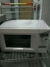 white and black  Daewoo eorks Great.microwave oven Huntsville, 35816