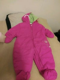 pink and green snowsuit Des Moines, 50310