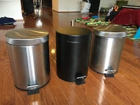 3 Small trash cans 28 km