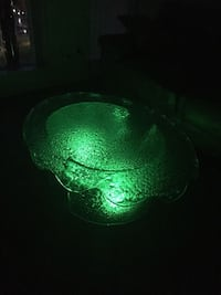 green and white glass bowl Vaughan, L4H 3L3