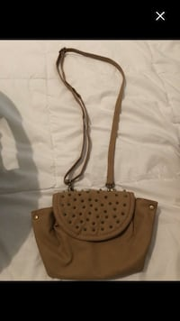 Brand new purse last chance Montréal, H4E