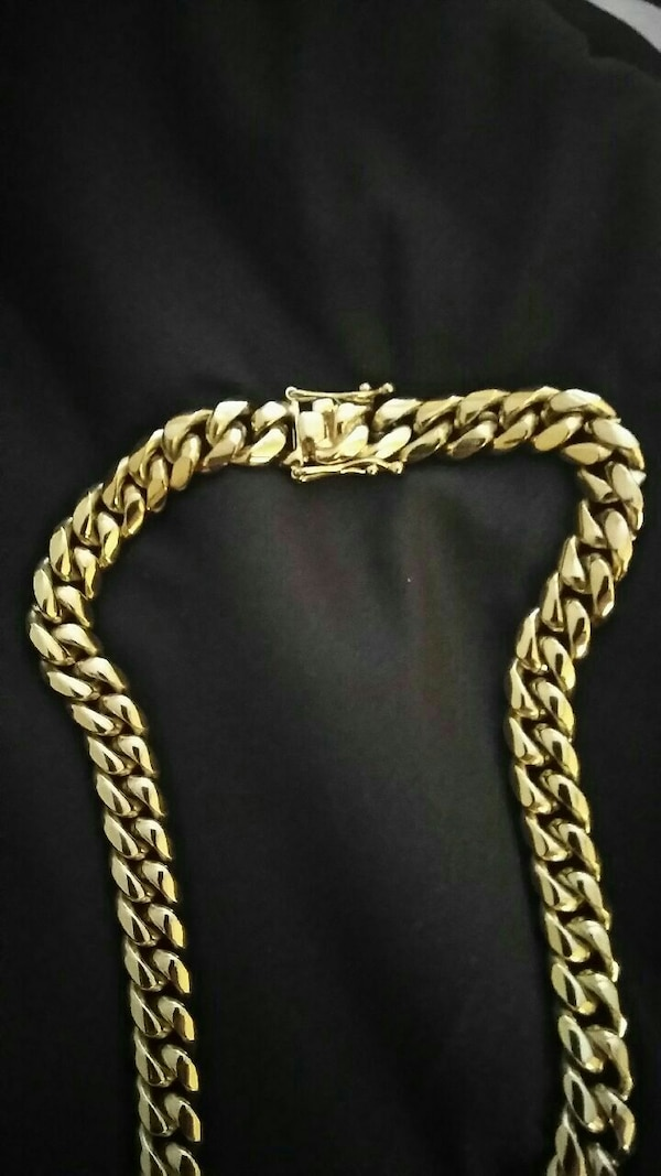 Cuban Link Chain For Sale >> Used 18 Kt Gold Plated Cuban Link Chain For Sale In Winter Park Letgo