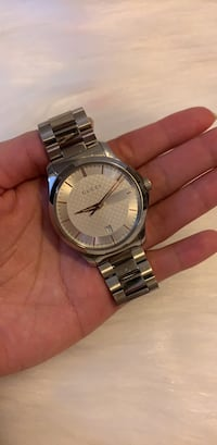 round silver-colored analog watch with link bracelet Toronto, M1N 2J4
