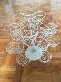 Vintage Cup cake stand Toronto, M4X 1G5
