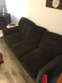 Couch Roseville, 95678
