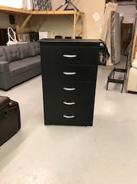 Brand new 5 drawer chest warehouse sale  多伦多