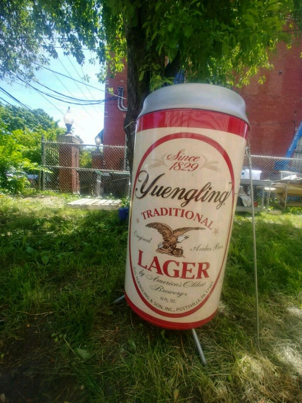 Rare Yuengling Beer Can Shaped Charcoal Grill (Wil