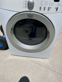 27 W 28D 36h Frigidaire gas dryer works great