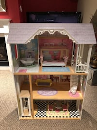 Dollhouse Mississauga, L5P