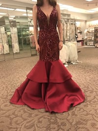 Prom dress size 0 Mishawaka, 46544