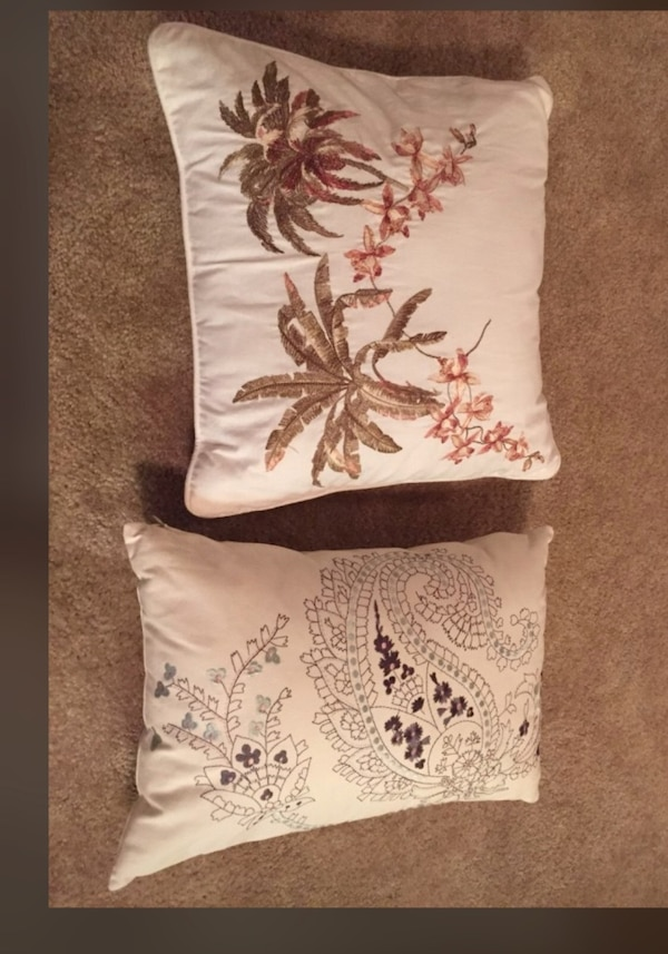 Throw pillows with handmade design