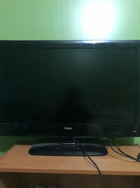 32 inch tv Fort Erie, L2A 6B5