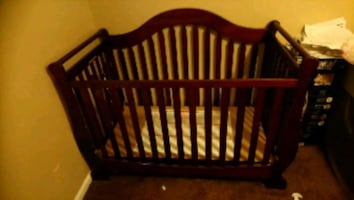 Stylish European baby crib furniture