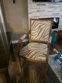Dining Chairs - Set of 6 Toronto, M3N 2K6