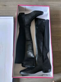 black leather knee high boots in box Dallas, 75204