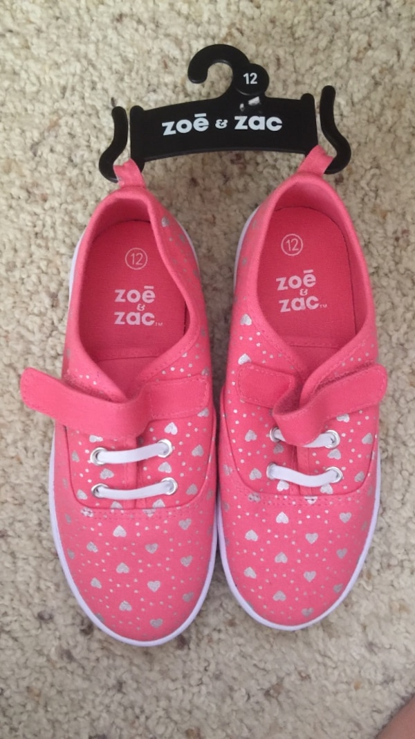 Used pink-and-gray Zoe and Zac low-top sneakers for sale in Temecula - letgo 4d4daefa3