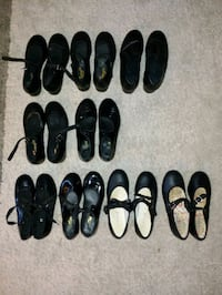 Tap Shoes girls size 11 to size 5 Lowell, 01852