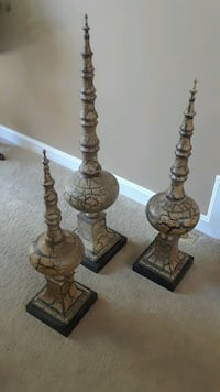 Home accent pieces Lorton