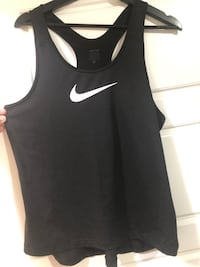 NIKE shirt size XL Kitchener, N2R 0L7