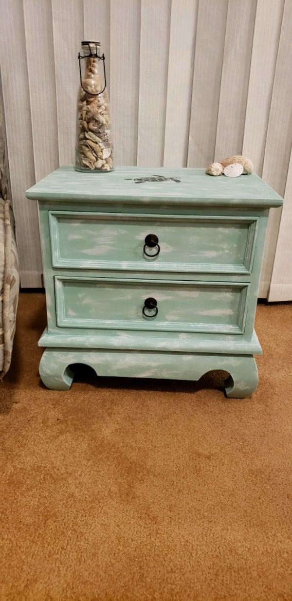 Coastal nightstand/side table $50 obo 7c6c0081-b93a-420e-8ce5-888a7ea37b06