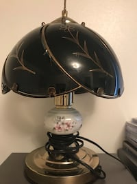 Pretty touch lamp - great for student London, N5C 1J7