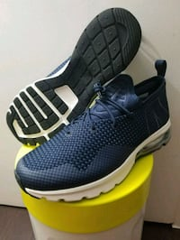 Nike Air Max Flair 50 sz10  Mississauga, L5B 3W3