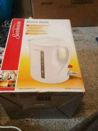 Sunbeam electric kettle Edmonton, T5C 0S8