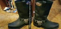 pair of black leather boots 674 mi