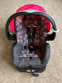 Evenflo Embrace Select Blossom Infant Carseat