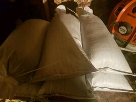Traction bags of 7mm sanding chips(18kg)