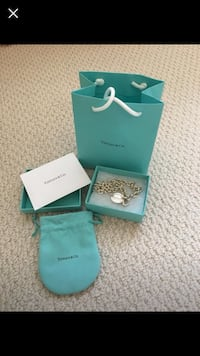 Authentic return to Tiffany necklace  Vaughan, L4H 0C8