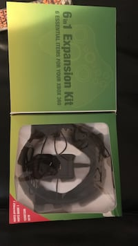 black and gray corded headphones in box Blountville, 37617