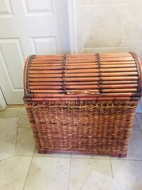 Basket with lid -Laundry storage Rockville, 20852