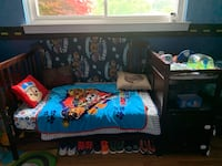 Convertible crib, attachable changing table, dresser and mattress Clinton Twp
