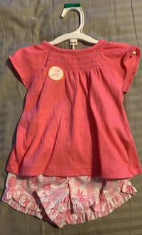 Carters 18 month Girls Set Mississauga, L5B 2A4