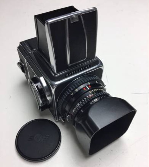 Hasselblad 500CM Zeiss 80mm f2 8 C A12 back 90 days warranty