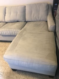 Gray Cindy Crawford sectional Pearland, 77584