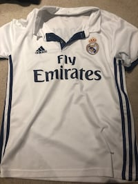 Real Madrid Coach Jersey - S - Mens T-shirt  Mississauga
