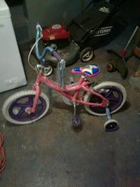 pink and white bike with training wheels Chicago, 60636
