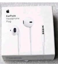 Earpods headphone plug