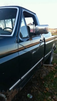 1994 FORD F 150 4*4  5.0 LTR