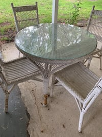 Wicker table and chairs w/glass top Sebring, 33870