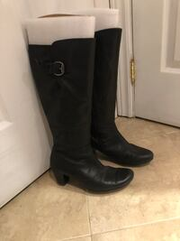 Real leather boots size 7 Mississauga, L5G 4W1