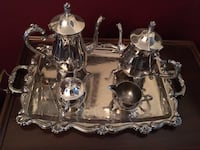Silver tea and coffee service (like new, never used). Pickering, L1X 1H4