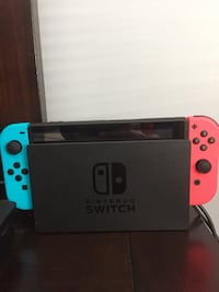 Nintendo Switch (4 Games + Accesories) Cambridge