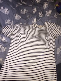 Banana republic size small shirt brand new  Prince George, V2M 4C5