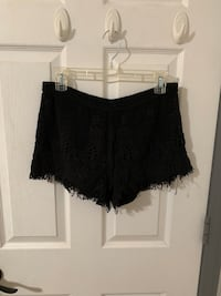 Women's black shorts Pico Rivera, 90660